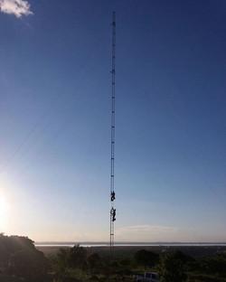 Torre Estaiada para Telecomunicações