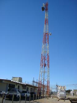 Torre Auto-Suportada com 50 metros
