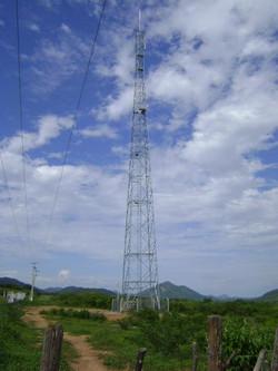 Torre Auto-Suportada com 60 metros