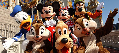 PIC-5040-5041_Disney-World-Family-Advent