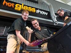 PIC-Hot-Glass-Show-992x744.jpg