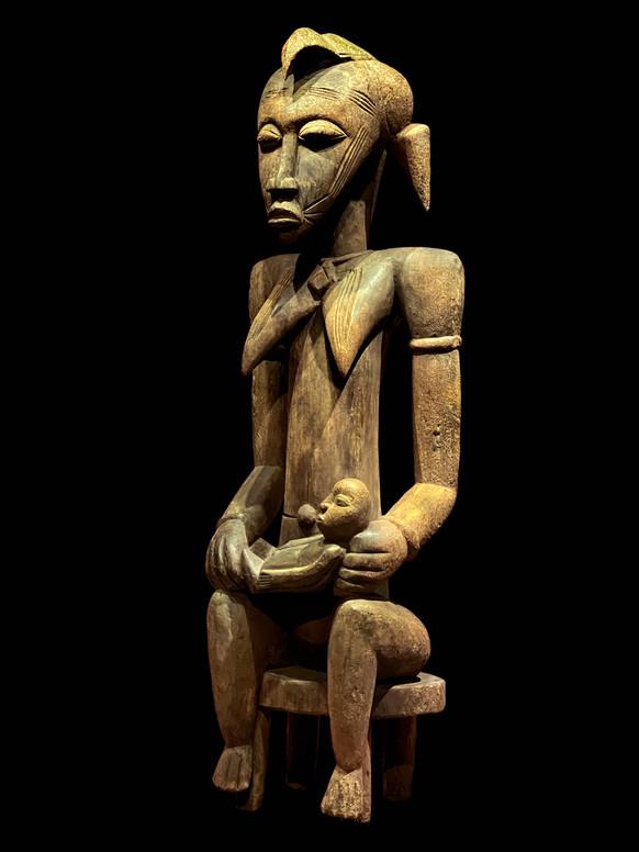 Senufo Maternity Figure (K2243)