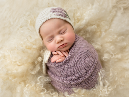 | Geelong Newborn Photography - Kerrie |