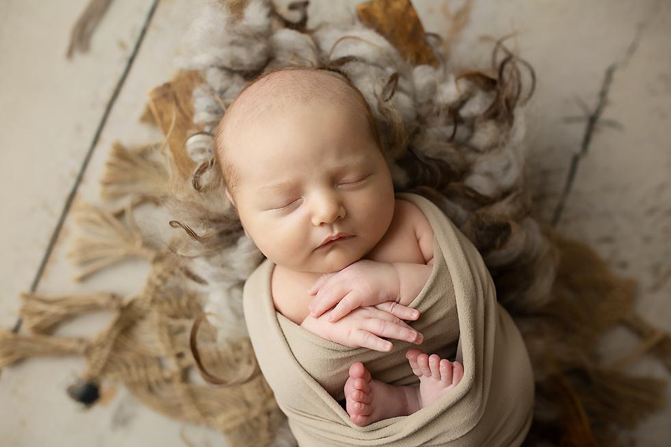 Baby-Wool-Newborn.png