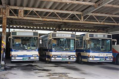 bus 8221 (2).JPG