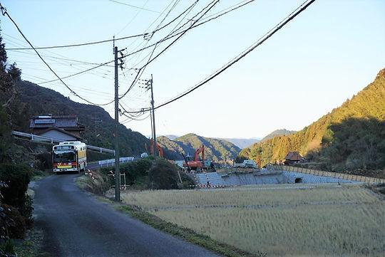 bus 11688 (2).JPG ぼかし.JPG