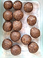 hemp choc nut nourish balls 2.jpg