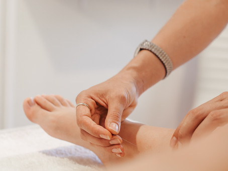 Does Acupuncture Hurt, How Does It Work And Why Is It So Relaxing?