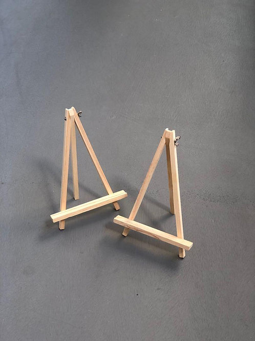 Wooden Photobook Easel Stand