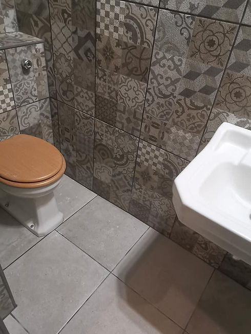 Bespoke bathroom tile 1.jpg