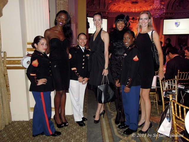 Female marines.jpg