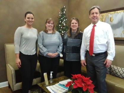 Edward Jones Financial donates food December 2019