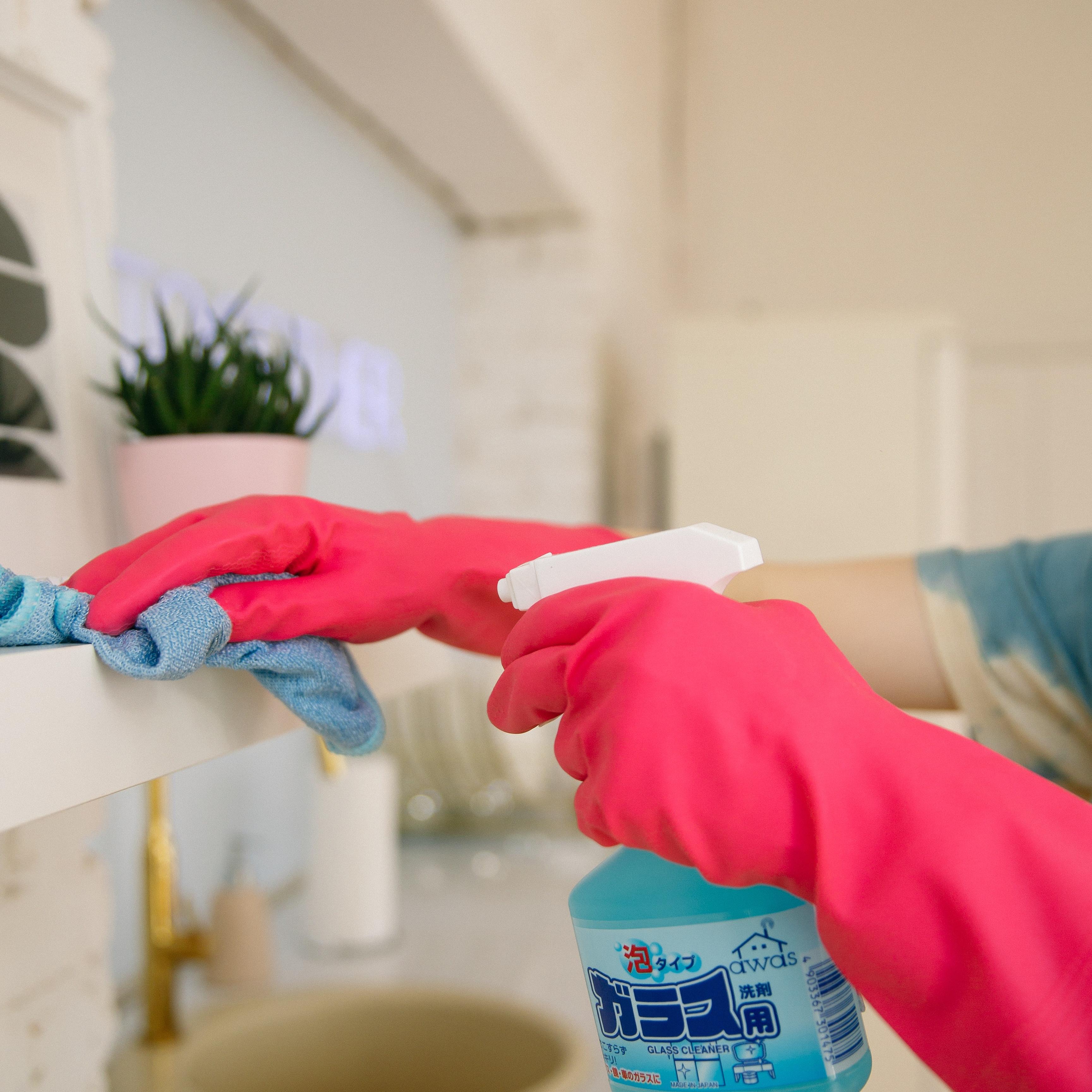 Kitchen & Bathroom Cleaning