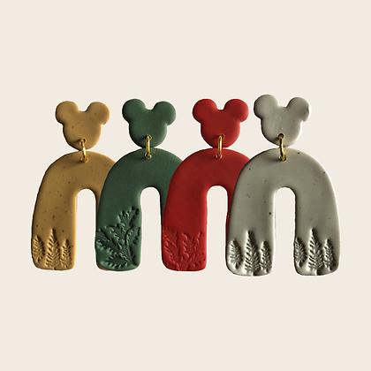 Cozy Holiday • Oh Mickeys