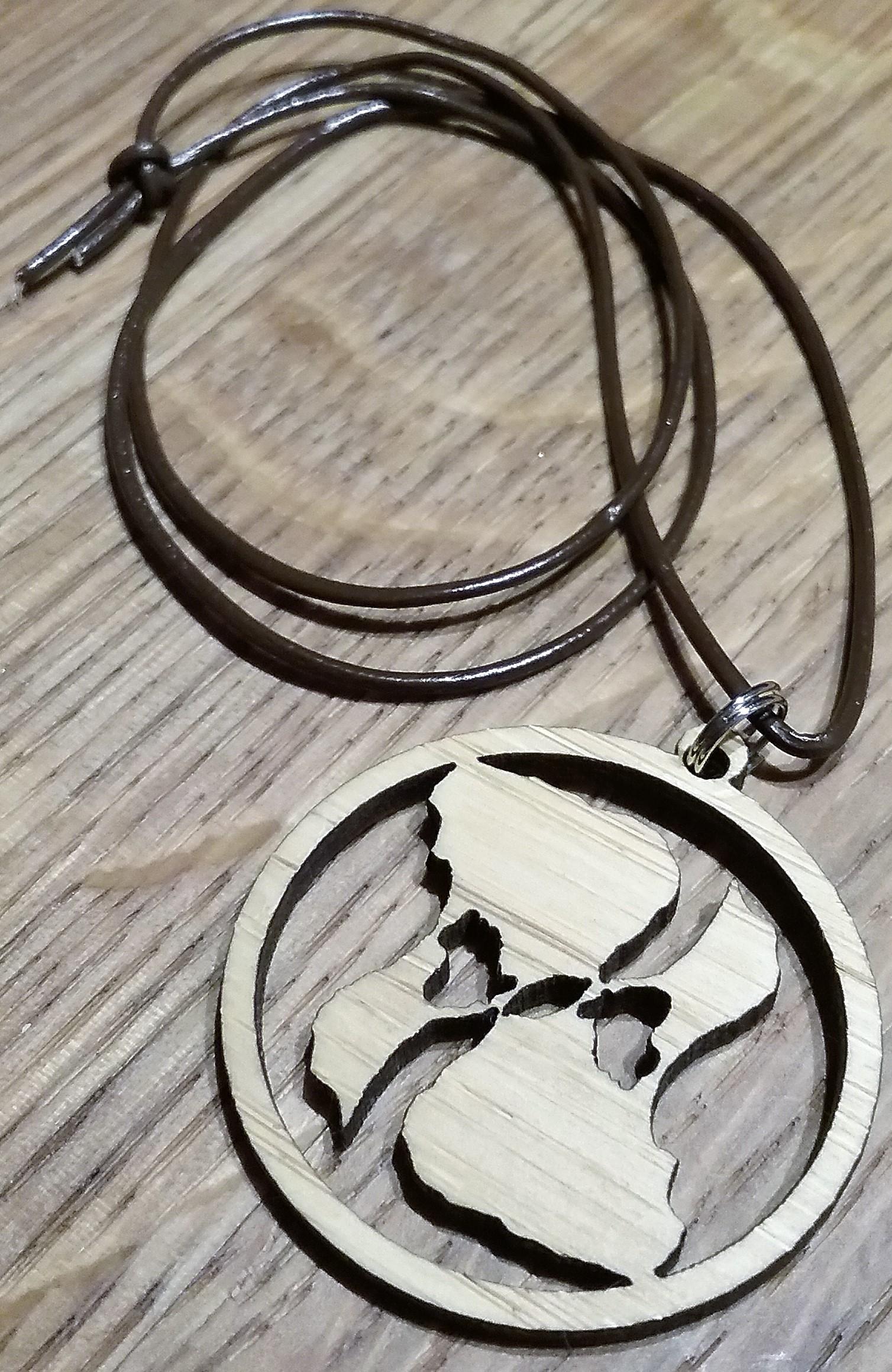 BI Yin Yang Bambo Pendant