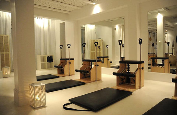 4PILATES, WUNDA CHAIR, MAT LESSONS.jpg