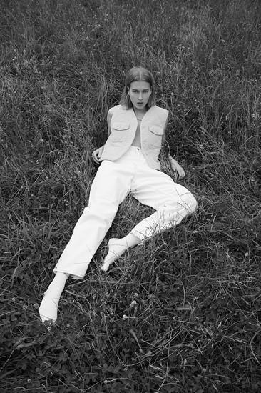 Ilona, Mademoiselle Agency