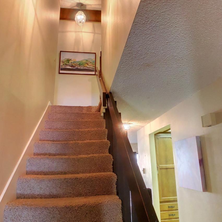 08 Upstairs (2)