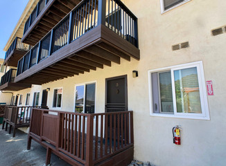 OFF MARKET   335 W Whittley Ave #3