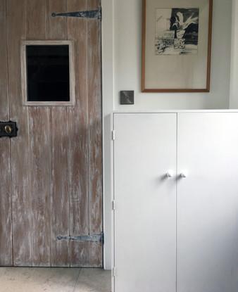 Built-in cupboard