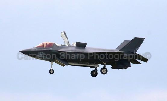 AV; F-35 HOVERING RIAT (Small)_wm.jpg