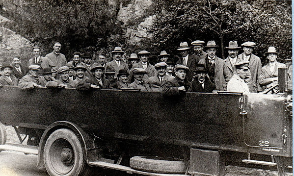 FCMVC 1926, outing to Cheddar Gorge.jpg