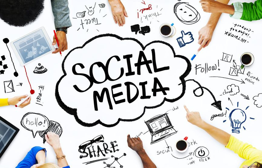 SOCIAL MEDIA CHAT!