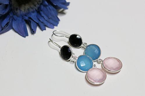 Тройные серебряные серьги с ониксом, халцедоном и розовым кварцем