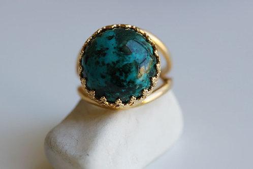 Круглое позолоченное кольцо с эйлатским камнем