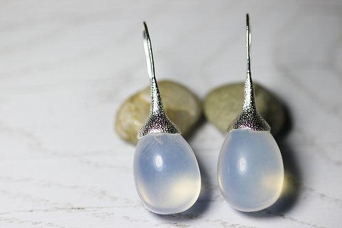 Серьги-желуди с лунным камнем в серебре