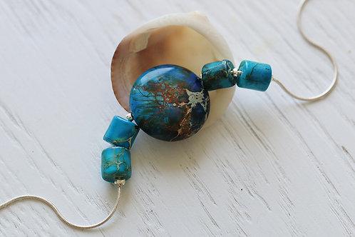 Серебряный браслет с голубой яшмой