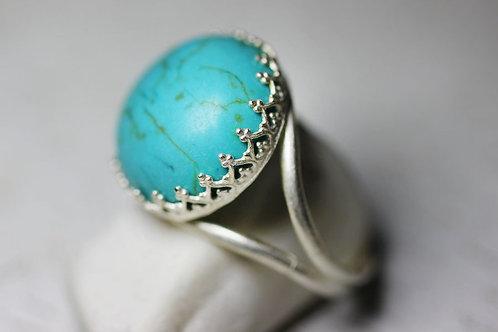 Круглое серебряное кольцо с бирюзой