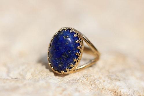 Позолоченное овальное кольцо с ляписом лазуритом