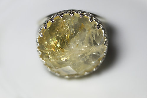 Круглое серебряное кольцо с цитрином