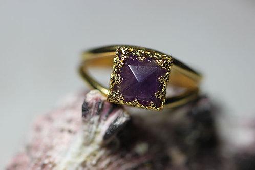 Позолоченное квадратное кольцо с аметистом