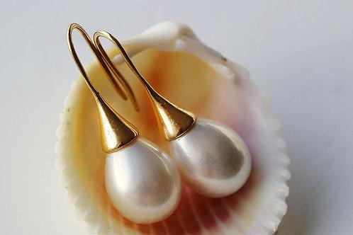 Позолоченные жемчужные серьги