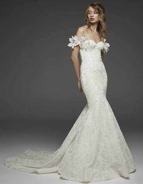 the philadelphian bride, bridal gowns, classic bride, fashion bride