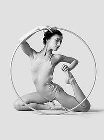 Danzatrice con Hoop