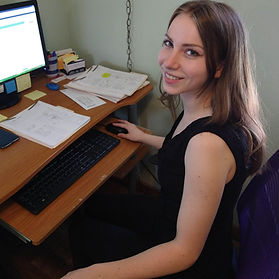 Evelyn works at Healthy Out West as Client Advocate, HoCatt tech and helps with data entry and mailings. Evelyn also creates individual facial serums for our clients.