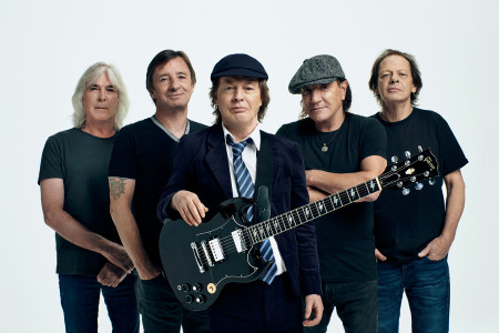 Watch New AC/DC Video 'SHOT IN THE DARK'