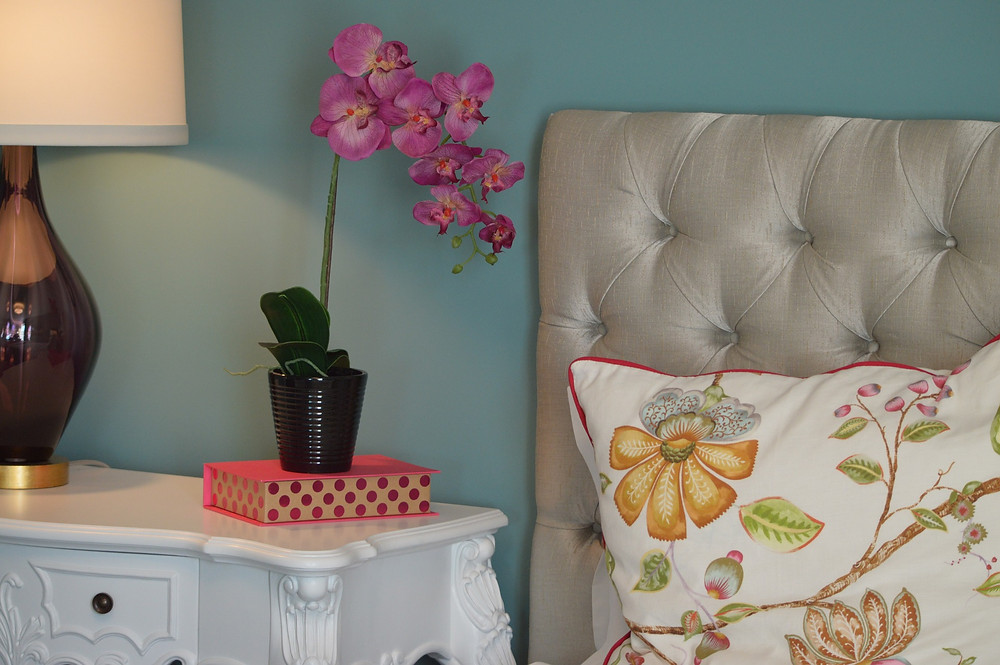 bedroom painted walls, accent colors