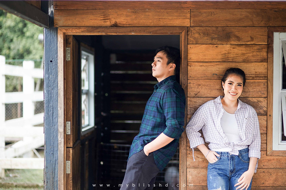 Prenup Photo from The Old grove Farmstead