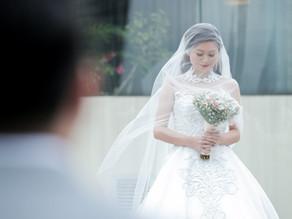 { Derrick + Mara } Dusit Thani Hotel & Manila Polo Club | Modern Wedding Photographer