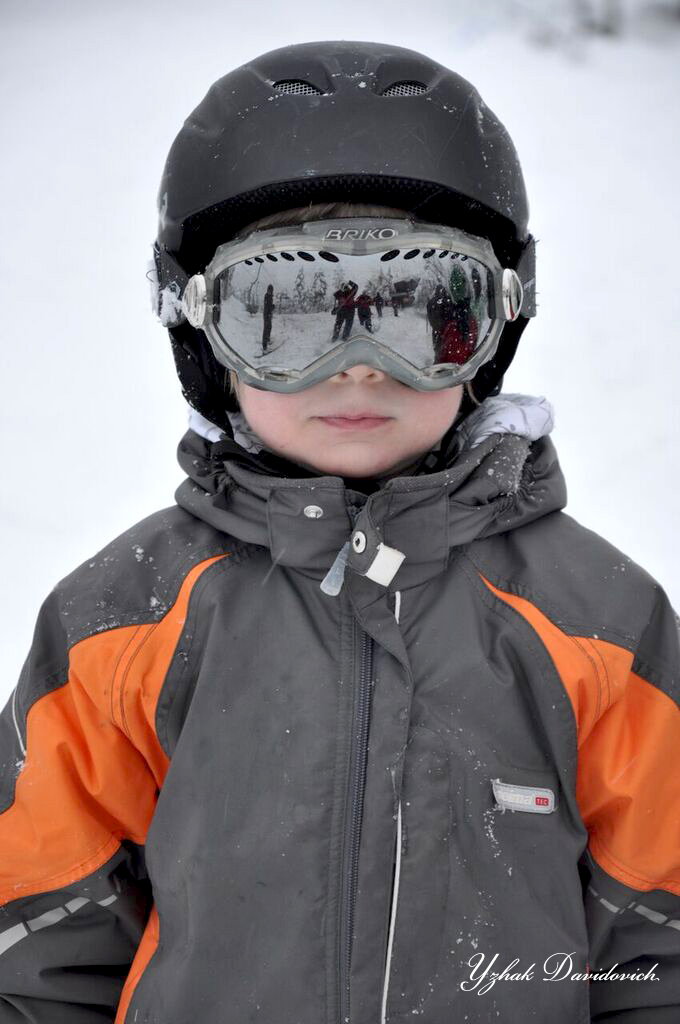 Kid skiing Lapland