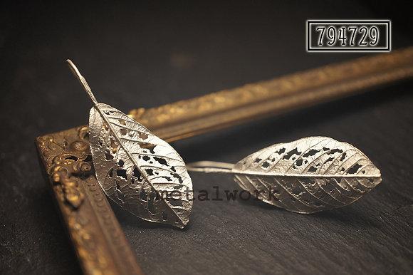 MW E1027 The 925 Silver Autumn Leaf Earrings