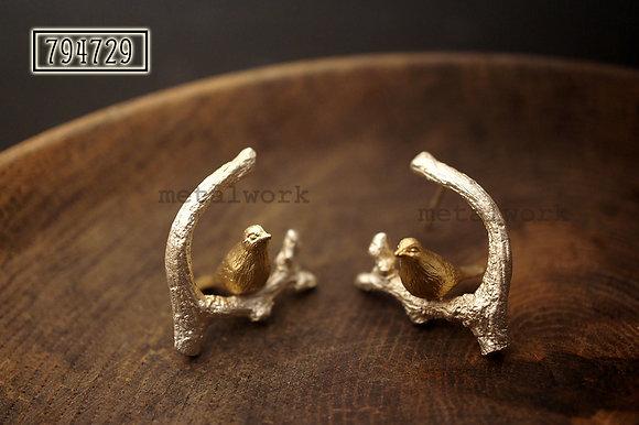 MW E1013 The 9K Gold Bird On Silver Twig Earrings