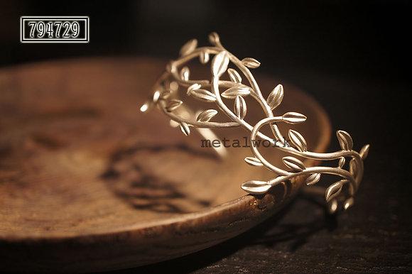 MW B1022 The 925 Silver Vine Bracelet