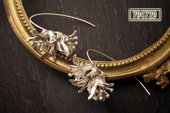 MW E1035 Lily Earring
