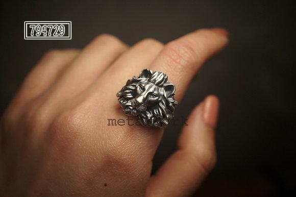 MW R1043 Leo Ring (Small)