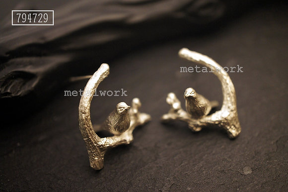 MW E1012 The 925 Silver Bird On Twig Earring